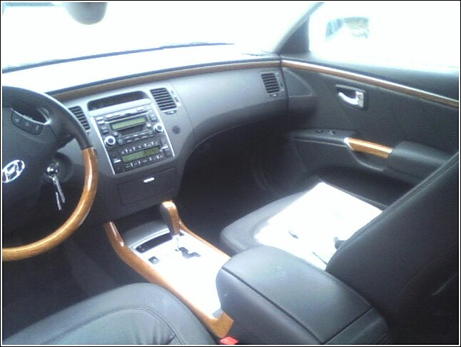 Hyundai Azera   Front Speed